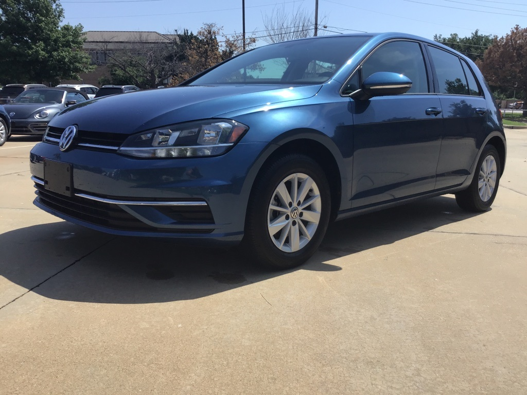Certified Pre-Owned 2018 Volkswagen Golf TSI S 4-Door