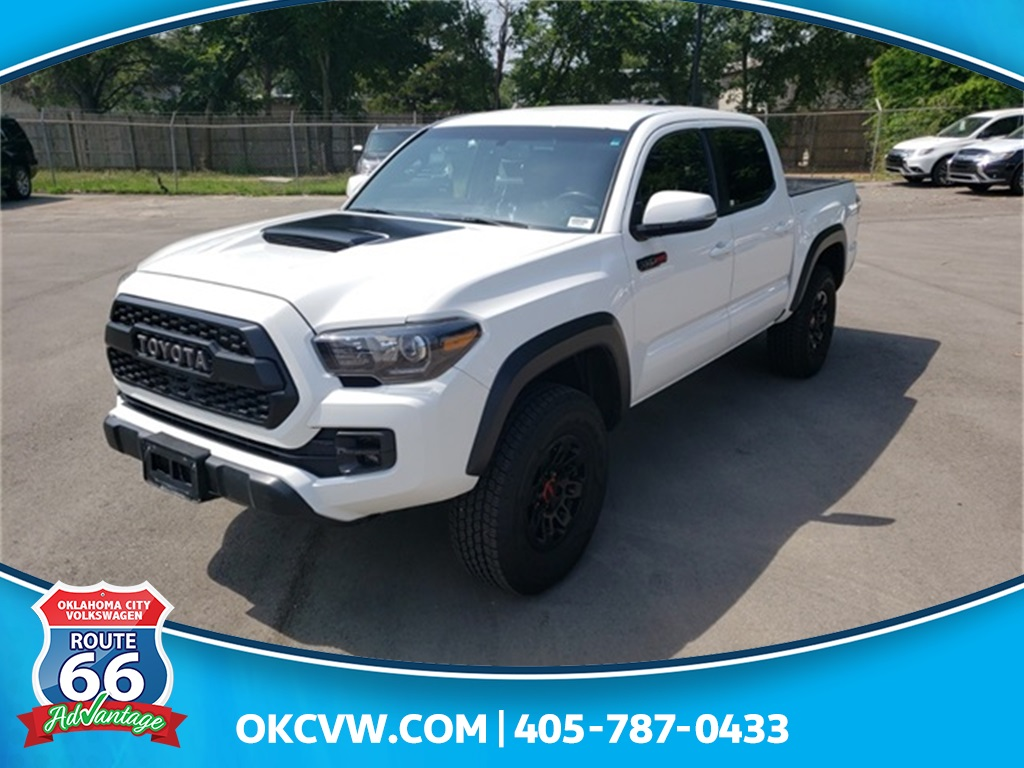 Pre-Owned 2017 Toyota Tacoma TRD Pro V6
