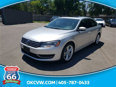 Certified Pre-Owned 2015 Volkswagen Passat TDI SE w/Sunroof