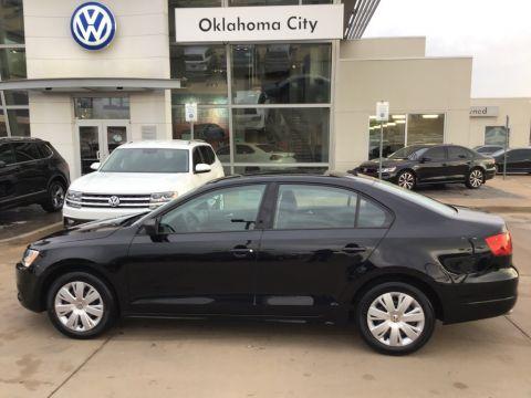 Certified Pre-Owned 2014 Volkswagen Jetta 2.0L TDI Value Edition